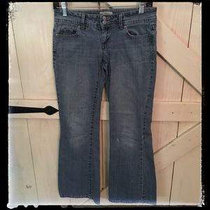 Aeropostale Jeans Size 1/2 Short Hailey Flare
